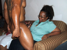 Amateur ebony couples show their..