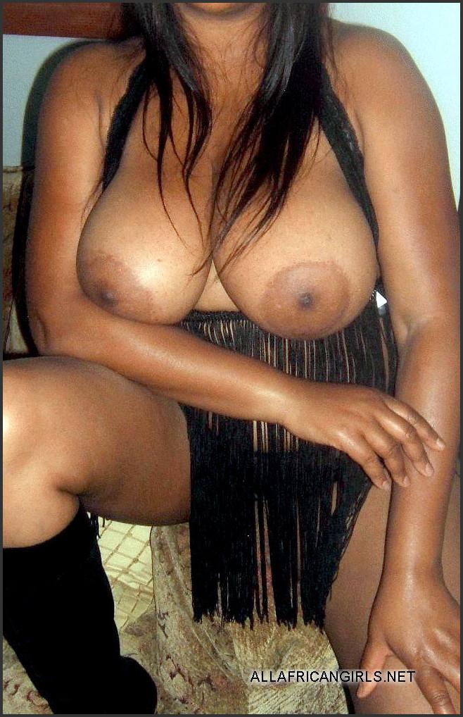 Ebony clit