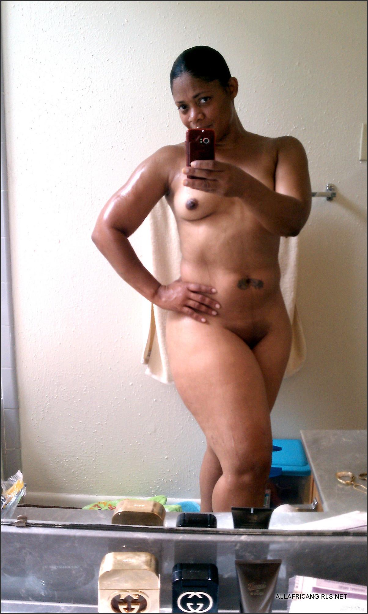 Ebony in love nude pics